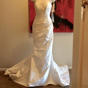 Romona Keveza Legends L111 Wedding Dress NEW